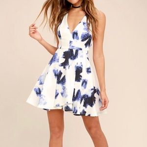 NWT Lulu's White and Blue Floral Skater Dress